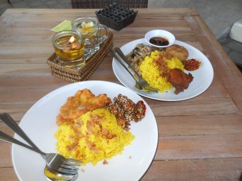Breakfast @ Warung Warung